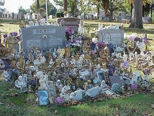 Graves In Toyland